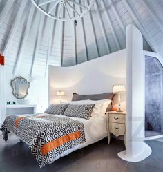 Отель absolut mykonos suites & more, миконос, греция Mykonos, Outdoor Pool, Outdoor Decor, Floor Cloth, Comfy Bed, Beautiful Hotels, Suites, Sound Proofing, Bathroom Cleaning
