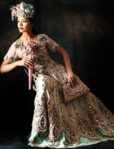 Watan-e-Pakistan Pak Fouj Zindabad💚💚 — fypakistan: Model: Amna Ilyas Pakistani fashion. Fantasy Wedding Dresses, Stunning Wedding Dresses, Fantasy Dress, Asian Bridal, Desi Clothes, Pakistani Bridal, Beautiful Celebrities, Wedding Attire, Bridal Collection