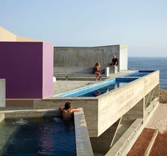 W Houses / Cañete, Peru