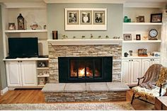 New Images Fireplace Hearth makeover Ideas New Pictures Fireplace Hearth redo Concepts old homes fireplaces Fireplace Update, Fireplace Hearth, Home Fireplace, Fireplace Remodel, Fireplace Surrounds, Fireplace Design, Fireplaces, Wood Mantle, Fireplace Ideas