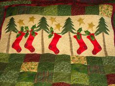 Christmas Wall Hanging with custom quilting, Mountain Quiltworks