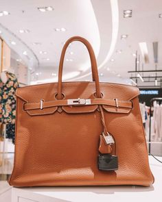 Are Luxury Brands Cheaper in Paris? Bicycle For Two, Best Day Spa, Cheap Bags, Roger Vivier, Chanel Handbags, 5 Star Hotels, Hermes Birkin, Discount Designer, Go Shopping