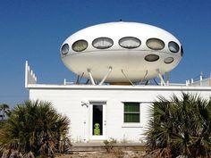 Pensacola Futuro House in Pensacola Beach Florida