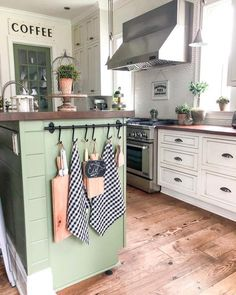 10 Beautiful Farmhouse Kitchens | Joy in Our Home