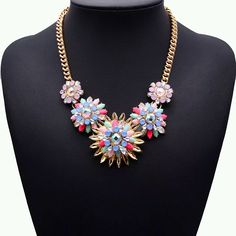 Now this is a statement necklace! With all those colors, you can pair this with almost any outfit. Picture courtesy of @JewelryShop. #hogleejewelryshop #hjs