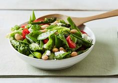 Asparagus, Tomato and Basil Salad recipe - Easy Countdown Recipes Basil Recipes, Easy Salad Recipes, Dinner Recipes, Tasty Vegetarian Recipes, Plant Based Recipes, Cherry Tomatoes, Quick Meals, Soul Food, Asparagus