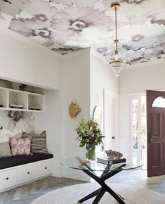 """We Can't Get Enough of This Wallpaper, Phillip Jeffries, """"Bloom"""" - elegant floral wallpaper Office Wallpaper, Bold Wallpaper, Temporary Wallpaper, Wallpaper Decor, Textured Wallpaper, Wallpaper Ceiling Ideas, Print Wallpaper, Latest Wallpaper Designs, Ceiling Texture"""
