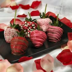 These chocolate-covered strawberries look awesome! Make your own with drizzled candy melts and sprinkles/nonpareils/etc