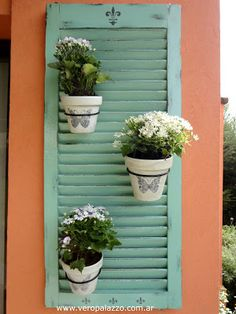 Ideas Home Exterior Small Shutters Small Shutters, Old Shutters, Garden Deco, Balcony Garden, Diy Wall Decor, Patio Wall Decor, Bars For Home, Porch Decorating, Garden Projects