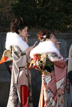 Kimonos... Idk but I find this hilarious!;D