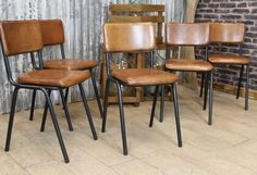 Leather kitchen chairs - Industrial Kitchen Table And Chairs Industrial Kitchen Design, Industrial Chair, Vintage Industrial, Leather Dining Chairs, Metal Chairs, Long Chair, Chaise Diy, Eames Chairs, Room Chairs