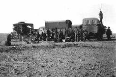 L'équipe de balisage du Lt Schneider à Colomb-Béchar en 1935.