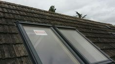 Dry ridge system and coupled Velux windows
