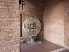 ROMA - trastevere. la bocca della verità.