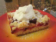 Pflaumenkuchen mit Streuseln auf dem Blech, ein leckeres Rezept aus der Kategorie Kuchen. Bewertungen: 73. Durchschnitt: Ø 4,2.