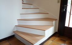 Renovation concrete staircase with wooden steps Stairs In Kitchen, Basement Stairs, House Stairs, Concrete Staircase, Modern Staircase, Grand Staircase, L Shaped Stairs, Interior Design Jobs, Wooden Steps