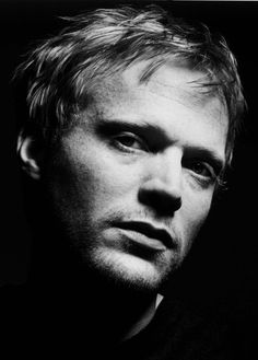 Paul Bettany<<< why i find him SOOOO attractive is beyond me... but he like defines sexy to me....... just the way he is....