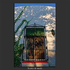 El cuarto claro (Sofía Serra): Mundos redondos