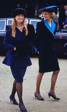 This is one royal story that hasn't gotten old just yet. We've been holding out hope for a reunion between Duchess of York Sarah Ferguson and Prince Andrew since rumours started swirling last month —. Princess Diana Fashion, Princess Diana Photos, Princess Diana Family, Princes Diana, Royal Princess, Princess Of Wales, Sarah Ferguson, Lady Diana Spencer, Sarah Duchess Of York