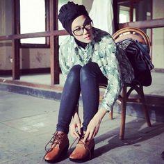 boot ft hijab still gorgeos babe ^^