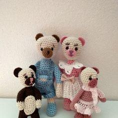 Medvědí rodinka Crochet Dolls, Teddy Bear, Toys, Animals, Activity Toys, Animales, Animaux, Toy, Teddybear