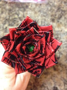 Duct Tape Flower Pen, my nephew makes these! I love them! So cute!!!