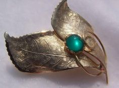 Green Glass Cabochon Vintage Leaf Brooch by vintagejewelrylane, $14.99