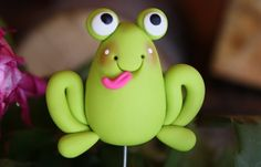 Items similar to Polymer Clay Pot Garden Stake FROG on Etsy Cute Polymer Clay, Polymer Clay Animals, Cute Clay, Polymer Clay Projects, Crea Fimo, Jumping Clay, Frog Crafts, Kids Clay, Fondant Animals