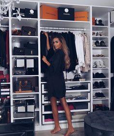 Image about fashion in mode x ootd by on We Heart It Wardrobe Room, Walk In Wardrobe, Closet Bedroom, Walk In Closet, Dressing Ikea, Dressing Room Design, Beautiful Closets, Estilo Rock, Glam Room