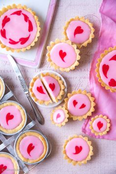 Yummy Snacks, Yummy Food, Finnish Recipes, Brownies, Be My Valentine, Sweet Recipes, Sweet Tooth, Bakery, Deserts