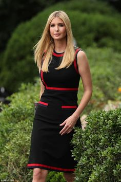 Ivanka Trump wears a Gucci dress to White House Sports and Fitness Day Ivanka Trump Style, Ivanka Trump Dress, Long Dress Fashion, Fashion Dresses, Gucci Dress, Tube Dress, Navy Dress, Royal Fashion, Celebrity Dresses