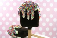 Summer is almost here and what way to kick off the new season then to learn how to make these summer popsicle cake pops. Fancy Cakes, Cute Cakes, Baking Cupcakes, Cupcake Cakes, Popsicle Party, Cake Pops How To Make, Cake Bites, Ice Cream Treats, Traditional Cakes