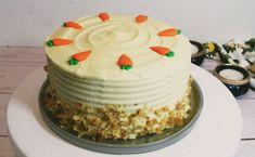 Mrkvová torta s orechmi a mascarpone krémom (videorecept) - recept | Varecha.sk Vanilla Cake, Tiramisu, Food, Mascarpone, Essen, Meals, Tiramisu Cake, Yemek, Eten