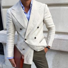 LOUIS-NICOLAS DARBON: Linen double breasted. Check out my Blog...