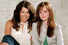 """How Well Do You Know The """"Gilmore Girls"""" Theme Song 