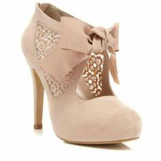Cute nude floral lace bow bootie!