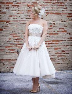 20 Short Wedding Dresses & Gowns {Trendy Tuesday}   Confetti Daydreams