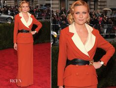 "I love that she didn't go with the ""typical"" gown for the event.  Kirsten Dunst In Rodarte – 2012 Met Gala"