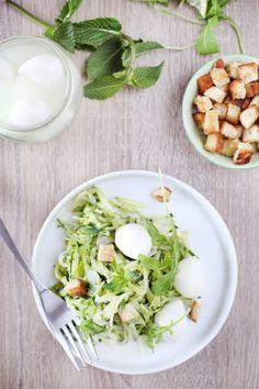 Salade de courgettes crues ? la mozzarella et ? la menthe