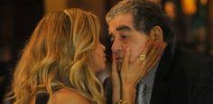 A Lei do Amor -  Luciane e senador são flagrados em encontro íntimo #Filha, #Fotos, #GraziMassafera, #Japão, #Loira, #M, #Noticias, #Novela, #Pedro, #ReynaldoGianecchini, #Sogra, #Suzana, #Tiago http://popzone.tv/2016/10/a-lei-do-amor-luciane-e-senador-sao-flagrados-em-encontro-intimo.html