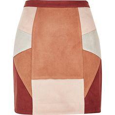 Red faux suede patchwork mini skirt  30.00 Cuero Marrón e044d75d0907