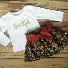 This is an adorable Thankful set that is perfect for Fall/Autumn and Thanksgiving! Includes the LONG SLEEVE shirt with gold sparkly letters and the