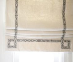 Flat roman shades with tape trim detail Diy Blinds, Shades Blinds, Curtains With Blinds, Roman Blinds, Drapery Styles, Drapery Designs, Window Coverings, Window Treatments, Store Bateau