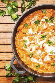 Dýňové kari s červenou čočkou Chickpea Recipes, Vegetarian Recipes, Healthy Recipes, Home Food, Food Hacks, Food Tips, Family Meals, Healthy Life, Curry