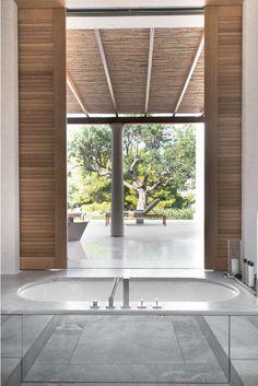 amanzoe-bath-view-pavilion