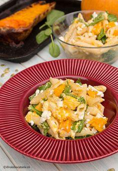 SALATE DE PASTE   Diva in bucatarie Cobb Salad, Health Fitness, Recipes, Food, Essen, Meals, Ripped Recipes, Fitness, Eten