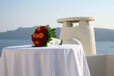 Weddings at the Canaves Oia hotel are inimitable!