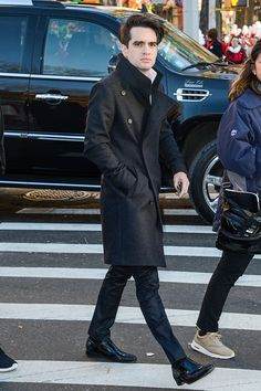 Singer Brendon Urie, of Panic! at the Disco, attends the on Annual Macy's Thanksgiving Day Parade on November 2015 in New York City. Brendon Urie, Panic! At The Disco, Emo Bands, Fall Out Boy, My Chemical Romance, My Favorite Music, Music Is Life, The Twenties, New York