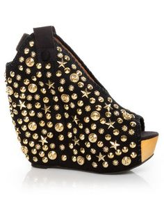 Love these wedges, now just cut me off at the knees so I am not 6'5 with these on
