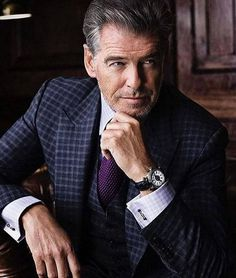 Gentleman of the day : Pierce Brosnan ・・・ Business Portrait, Corporate Portrait, Pierce Brosnan, Photography Poses For Men, Portrait Photography, First Ladies, Sartorialist, Male Poses, Boy Poses